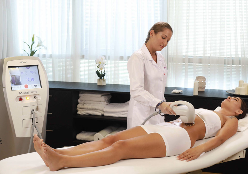 body contouring machine fat removal treatment by Accent Prime